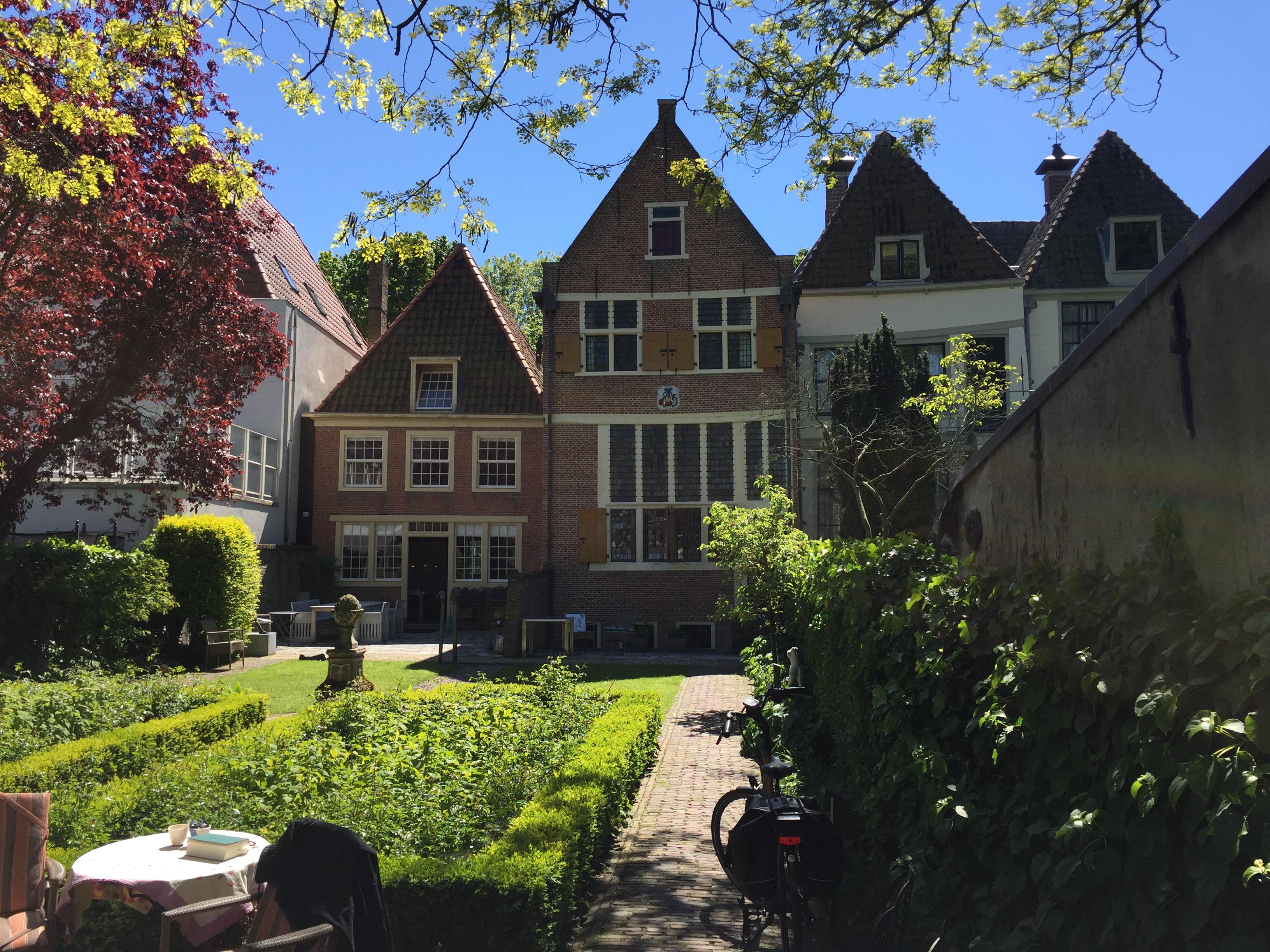 Local Guide Hoorn | Rondleiding Hoorn: Huis Bonck - Achterzijde