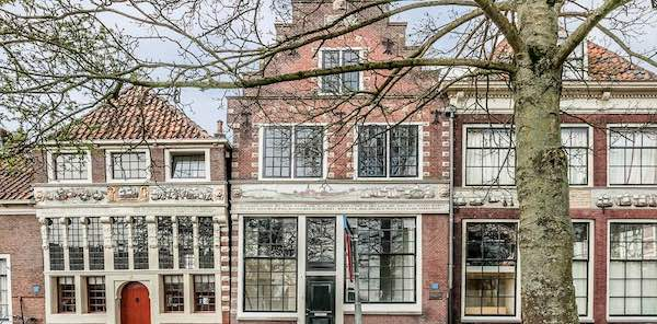 Bezienswaardogheden Hoorn - Bossu Huizen